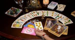 Cuál es el mejor momento para consultar el Tarot